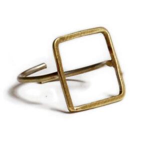 Minimal Square Ring 1 300x300 - valora image