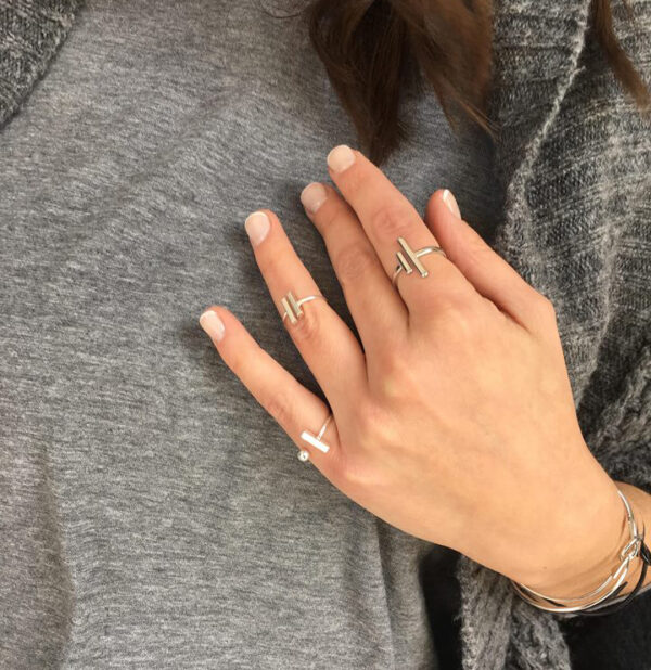 rings cheap 600x618 - valora image