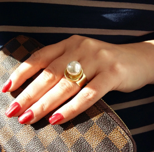 Χρυσό δαχτυλίδι με μεγάλη πέρλα