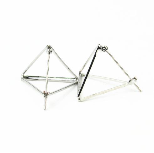 Σκουλαρίκια σε σχήμα πυραμίδας ασημί