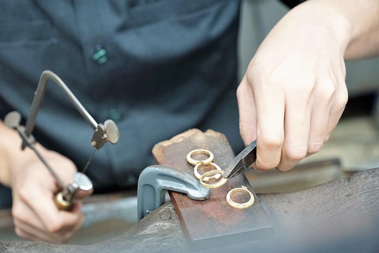 6 κορυφαία υλικά για κατασκευή χειροποίητων κοσμημάτων